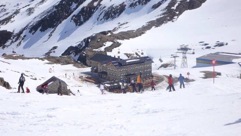 16 Hütte