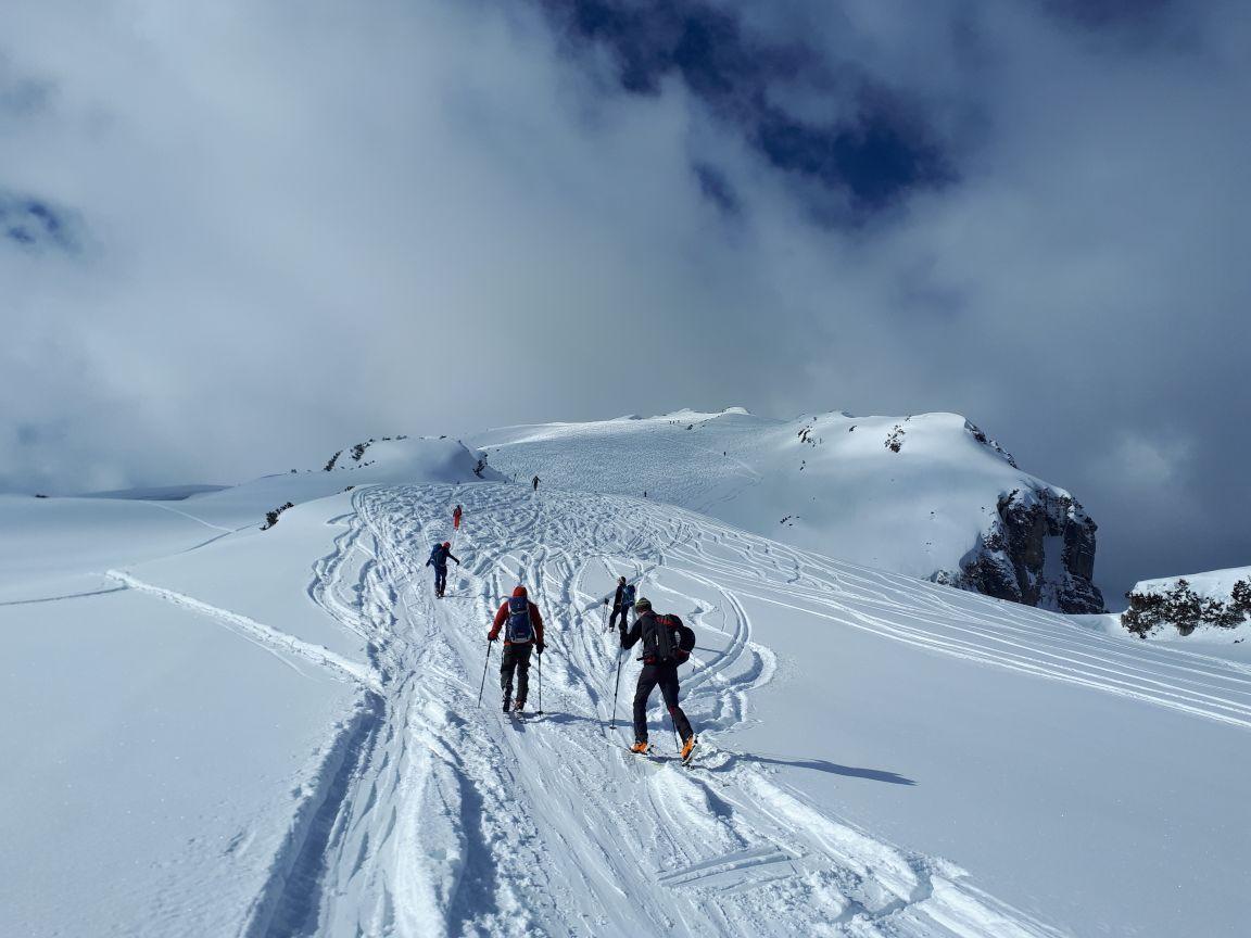 Skitourengrundkurs als 2 Sektionentour Dortmunder Hütte