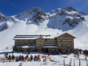 15. Schneesportreise zur Dresdner Hütte, Stubaier Gletscher, Ostern 2017 @ Dresdner Hütte | Neustift im Stubaital | Tirol | Österreich